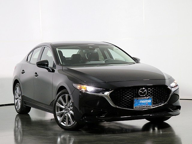 New 2019 Mazda3 i Preferred Package FWD 4D Sedan